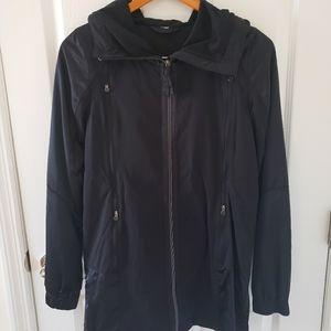 Lululemon Active Coat Running Jacket 4 S/M NWOT